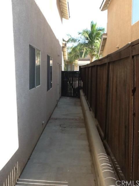Closed | 15825 Flamingo Drive Fontana, CA 92337 15