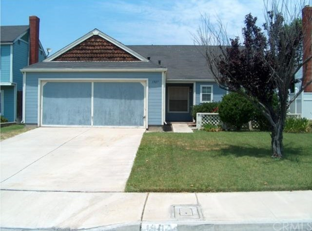Closed | 1907 Cottonwood  Drive Colton, CA 92324 0