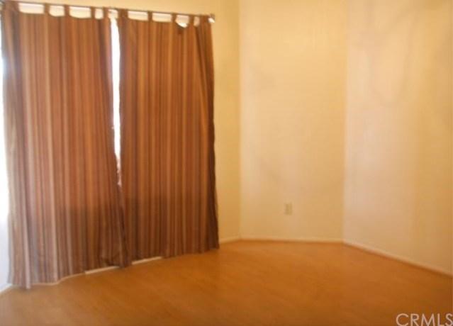 Closed   13637 DAIMLER Street Moreno Valley, CA 92553 4