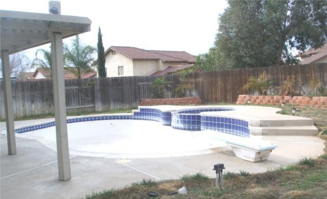 Closed   13637 DAIMLER Street Moreno Valley, CA 92553 13