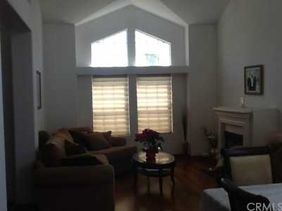Closed | 3966 N Flame Tree Avenue Rialto, CA 92377 5
