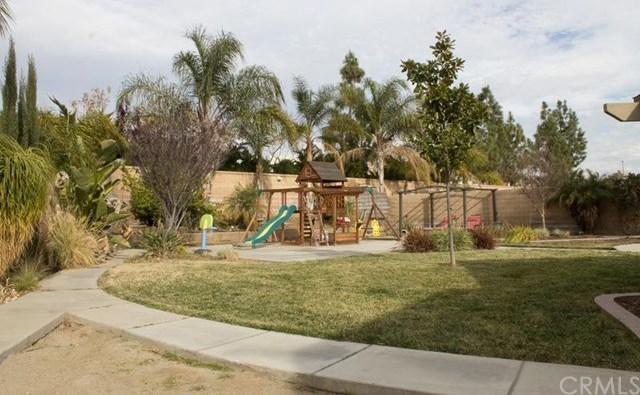 Closed | 10931 Bamboo Court Fontana, CA 92337 18
