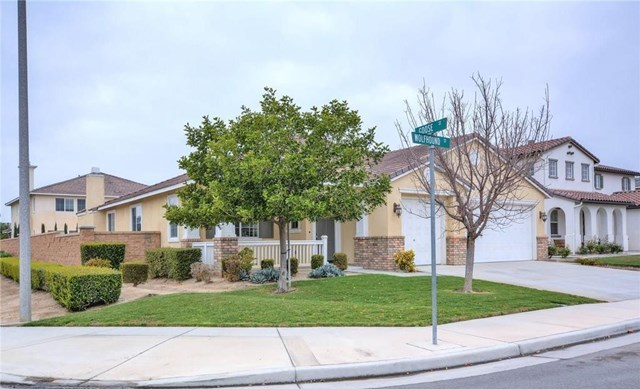 Closed | 14410 Wolfhound Street Eastvale, CA 92880 1