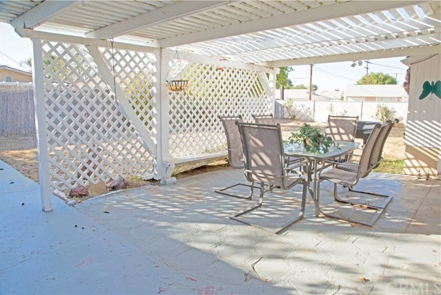 Closed | 28871 Hogan Drive Sun City, CA 92586 9