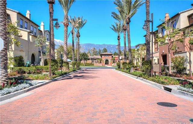 Closed | 7693 Chalet Place #1 Rancho Cucamonga, CA 91739 2