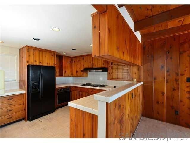 Closed | 4347 Highland Drive Carlsbad, CA 92008 4