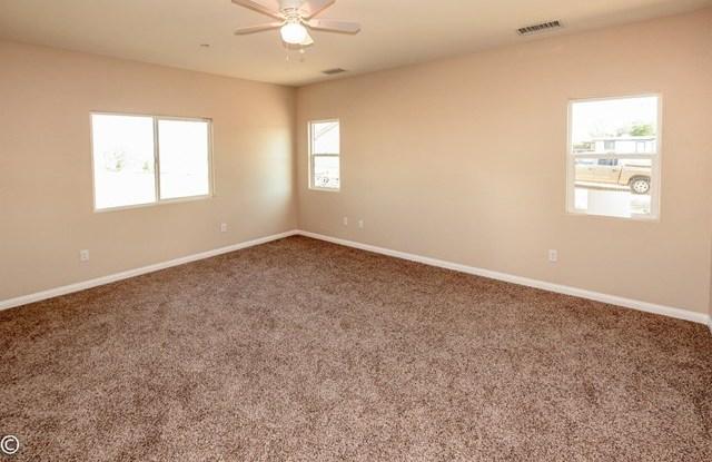 Closed | 11093 First Avenue Hesperia, CA 92345 37