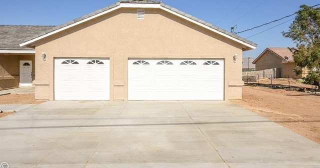 Closed | 11093 First Avenue Hesperia, CA 92345 7