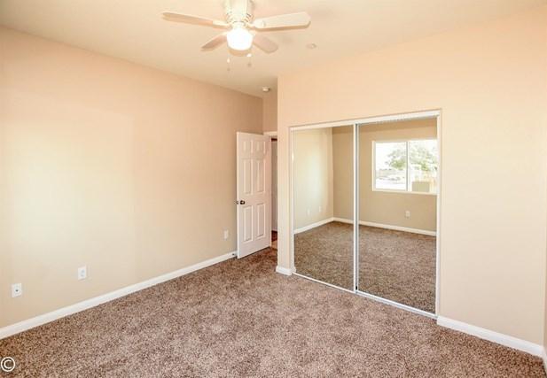 Closed | 11093 First Avenue Hesperia, CA 92345 50