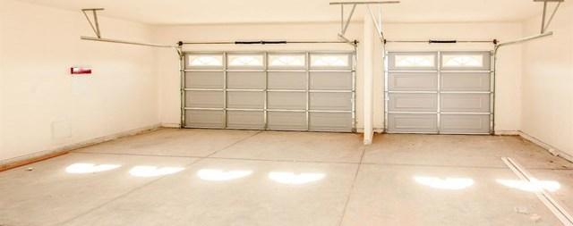 Closed | 11093 First Avenue Hesperia, CA 92345 60