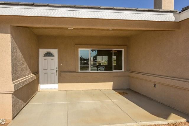 Closed | 11093 First Avenue Hesperia, CA 92345 12