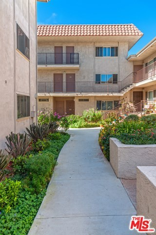 Closed | 8710 BELFORD Avenue #207 Los Angeles, CA 90045 1
