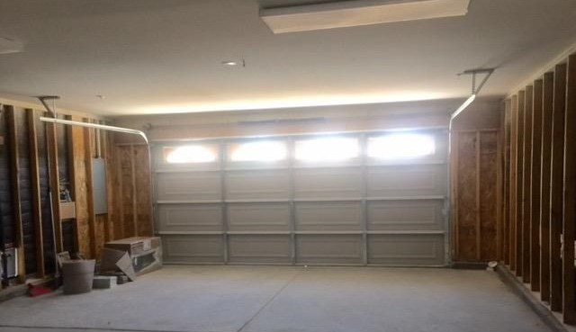 Closed   17573 Bangor Avenue Hesperia, CA 92345 23