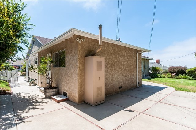 Closed | 126 Via La Soledad Torrance, CA 90277 34