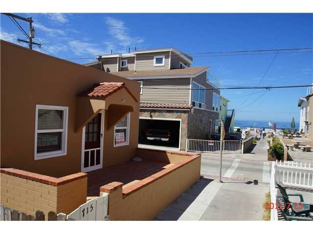 Closed | 715 W Tangiers Court  San Diego, CA 92109 1