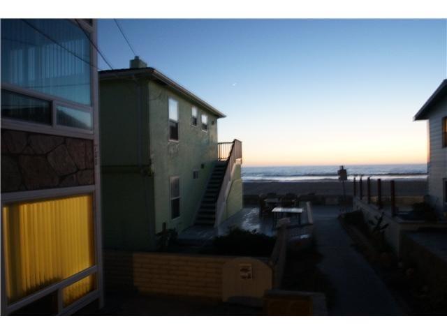 Closed | 715 W Tangiers Court  San Diego, CA 92109 8