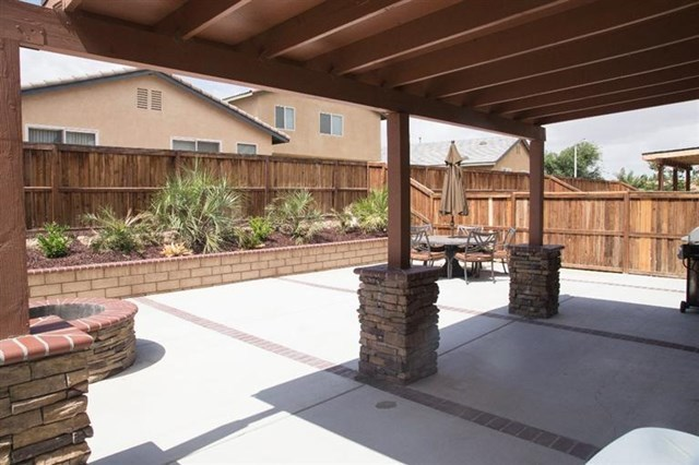 Closed | 14331 Moon Valley Street Victorville, CA 92394 25