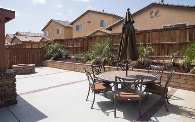 Closed | 14331 Moon Valley Street Victorville, CA 92394 26