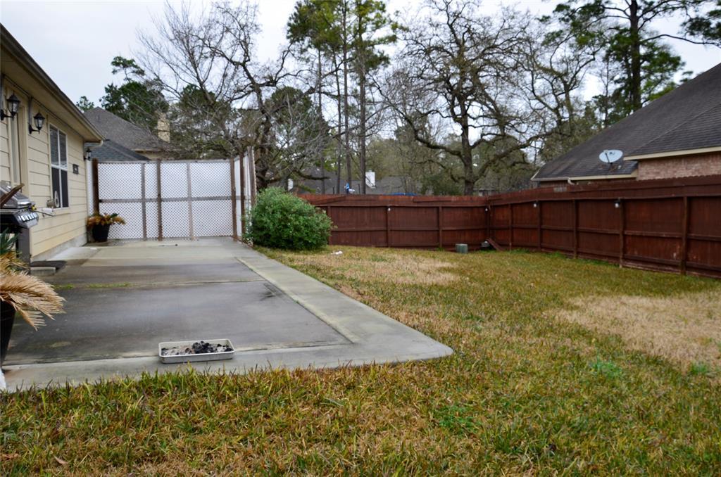 Pending | 13402 Raintree Drive Montgomery, Texas 77356 23
