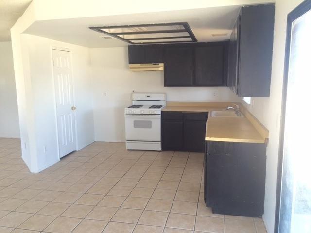 Closed | 17824 Pitache Street Hesperia, CA 92345 5
