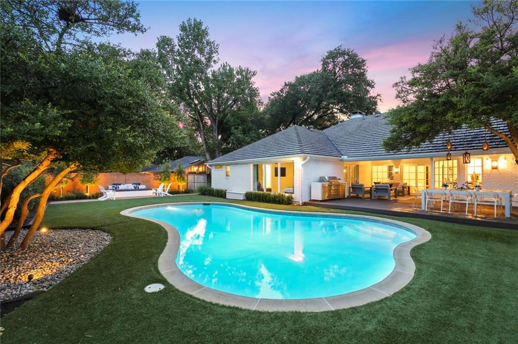 Housed Real Estate + Relocation  | 6878 Mossvine  Circle Dallas, TX 75254 35
