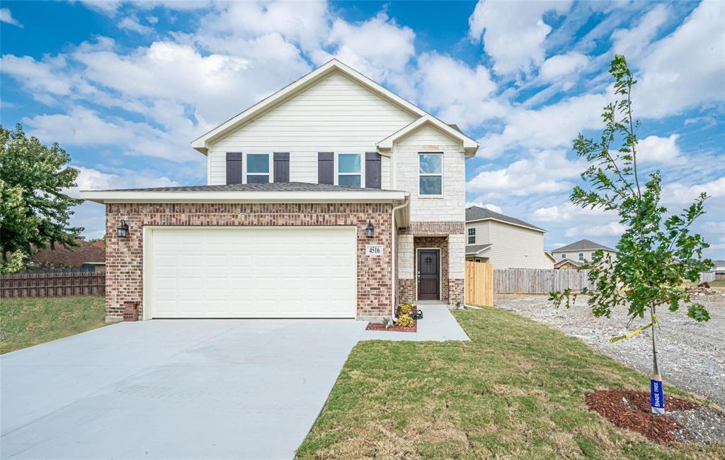 Active | 4517 Raleigh Dalton Road Dallas, TX 75227 0