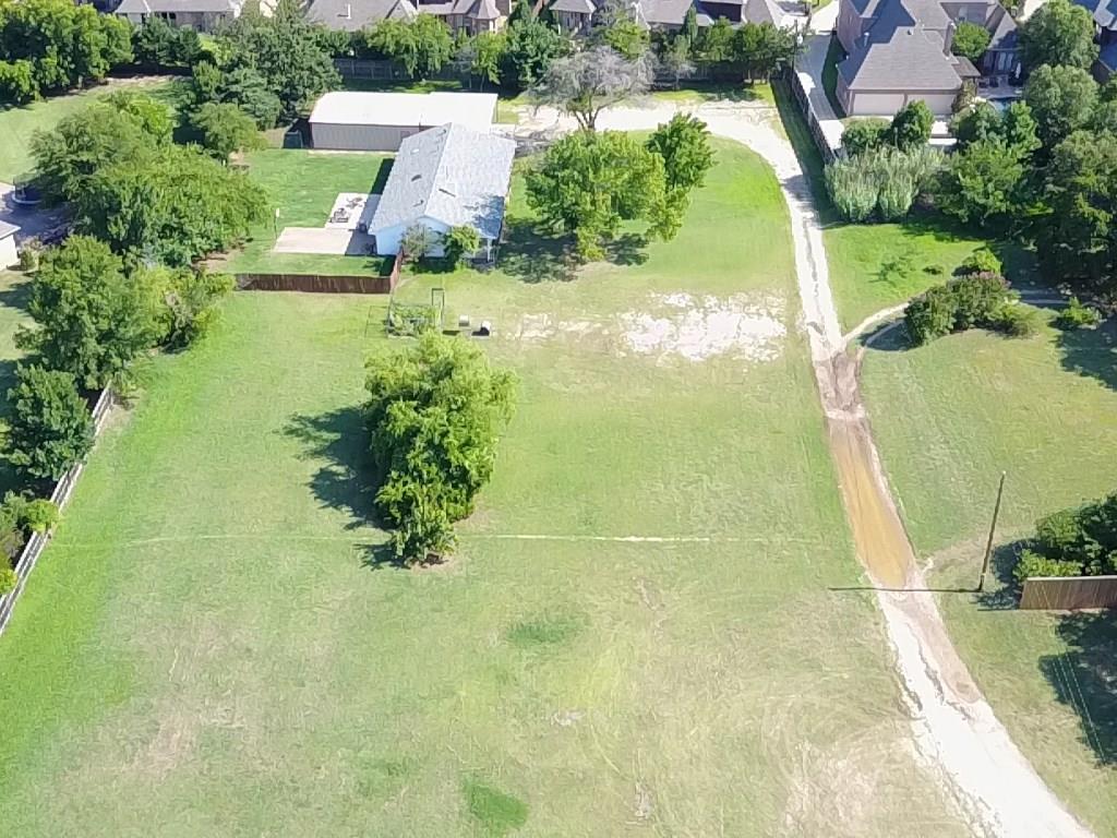Active | 607 E Dove Road Southlake, Texas 76092 1