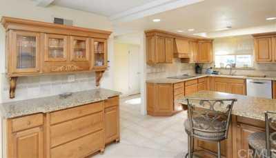 Property for Rent | 509 E Chestnut Avenue Orange, CA 92867 5