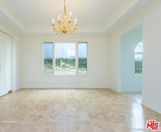 Closed | 313 S ALMONT Drive Beverly Hills, CA 90211 8