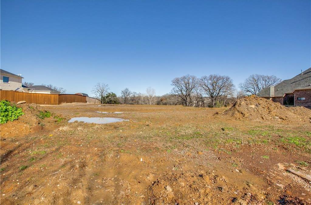Sold Property | 8821 Racquet Club Drive Fort Worth, Texas 76120 4