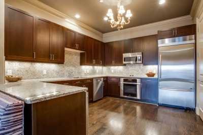 Sold Property | 2300 Leonard Street #403 Dallas, Texas 75201 10