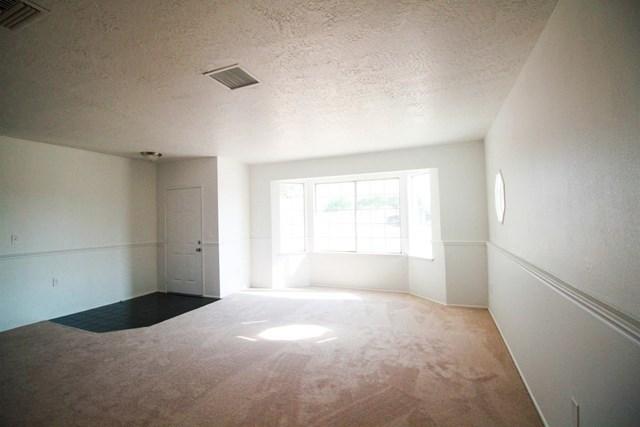 Closed | 17584 Willow Street Hesperia, CA 92345 7