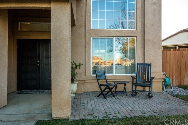 Closed | 8922 Fallbrook Court Hesperia, CA 92344 2
