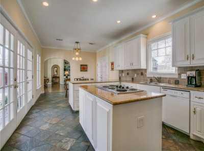 Sold Property | 6956 Lakewood Boulevard Dallas, Texas 75214 13