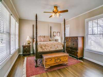 Sold Property | 6956 Lakewood Boulevard Dallas, Texas 75214 19