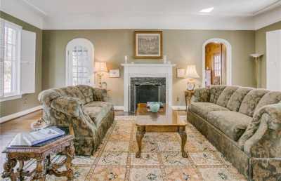 Sold Property | 6956 Lakewood Boulevard Dallas, Texas 75214 6