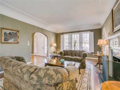 Sold Property | 6956 Lakewood Boulevard Dallas, Texas 75214 7