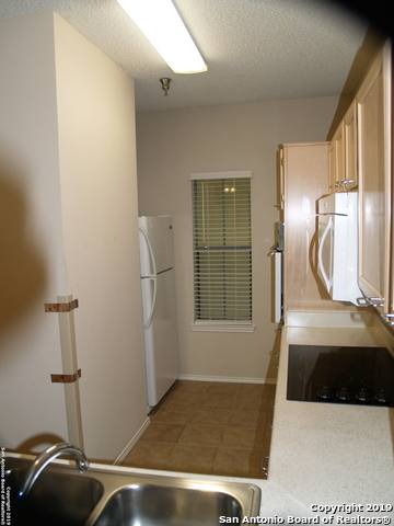 Property for Rent | 8700 Post Oak Ln  San Antonio, TX 78217 6