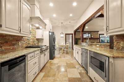 Sold Property   11014 Ferndale Road Dallas, Texas 75238 17