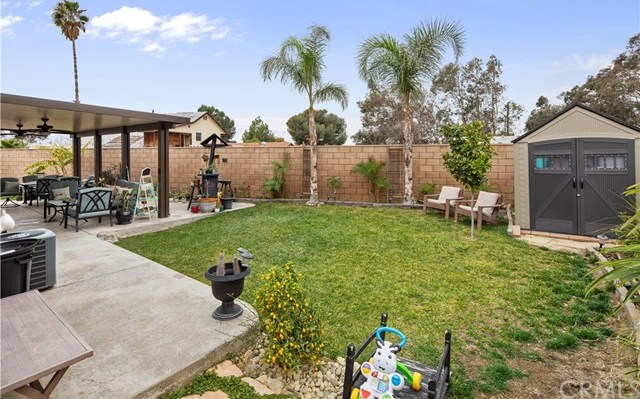 Closed | 9226 Cattail Lane Fontana, CA 92335 16
