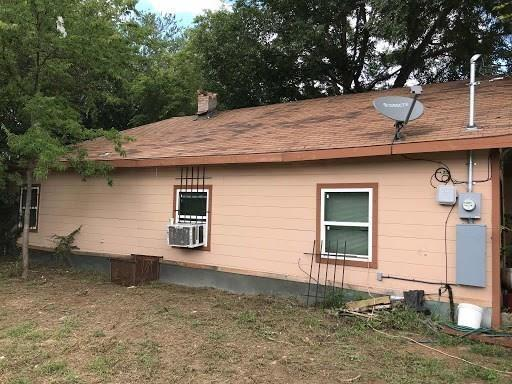 Sold Property   2727 Lawrence Street Dallas, Texas 75215 2