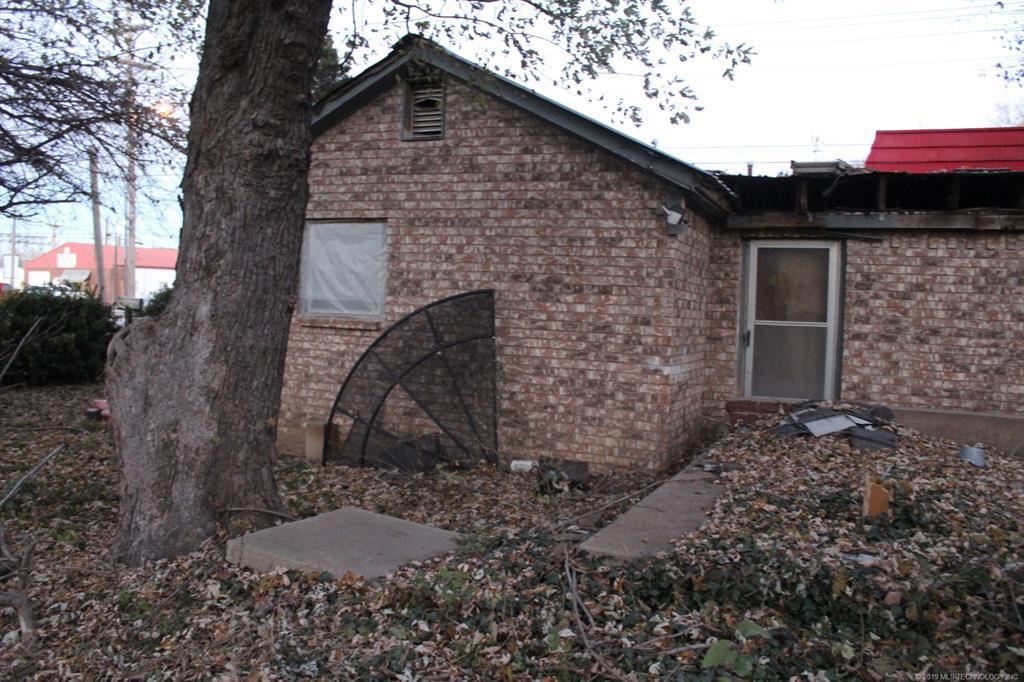 Off Market   202 S 5th Street Collinsville, Oklahoma 74021 6