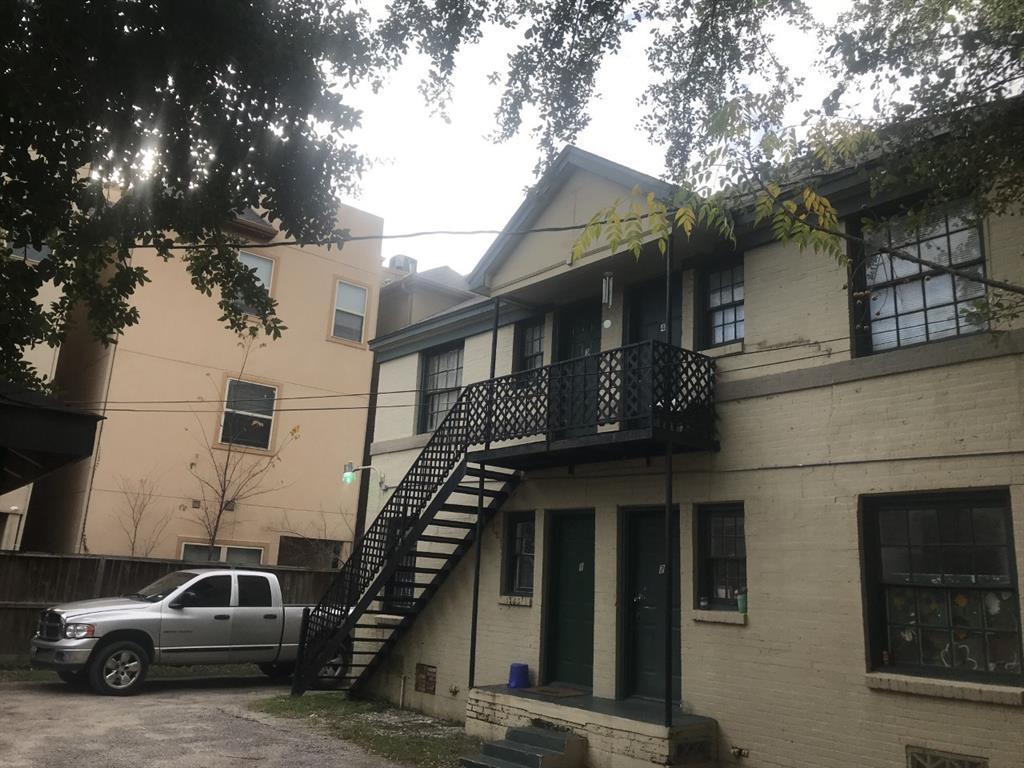 Pending | 4811 Chenevert St Street #5 Houston, TX 77004 11