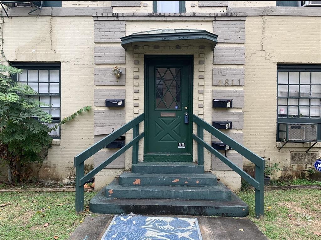 Pending | 4811 Chenevert St Street #5 Houston, TX 77004 4