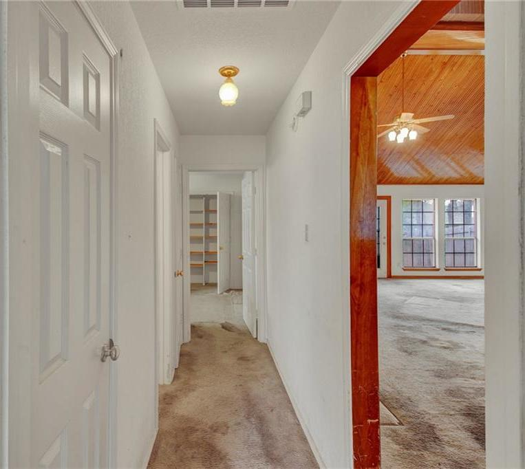 Sold Property | 4901 Arborgate Drive Arlington, Texas 76017 14