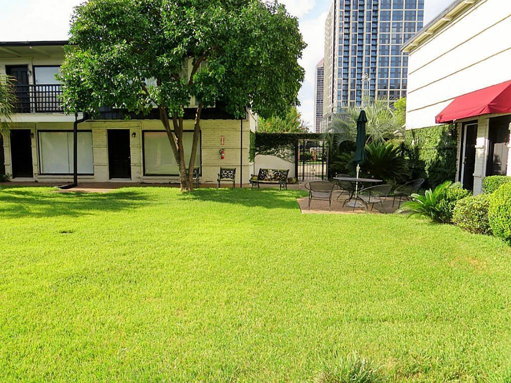 Active | 5107 Del Monte Drive #12 Houston, Texas 77056 3
