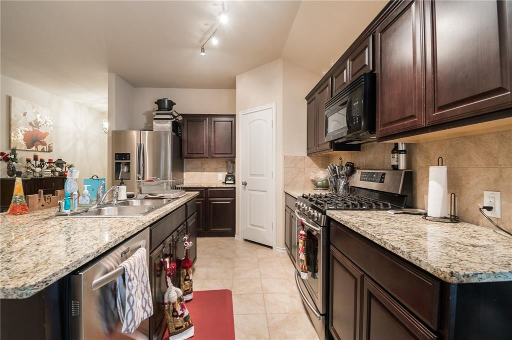 Sold Property | 2612 Stonewall Lane Fort Worth, Texas 76123 8