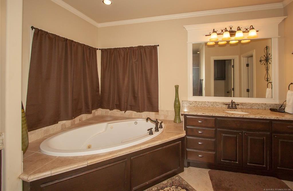 Homes for sale, Jenks Schools, Maxwell Premier Homes, Tulsa Homes for Sale | 11917 S Sandusky Avenue Tulsa, Oklahoma 74137 18
