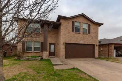 Sold Property | 1716 Arbuckle Drive Fort Worth, Texas 76247 3
