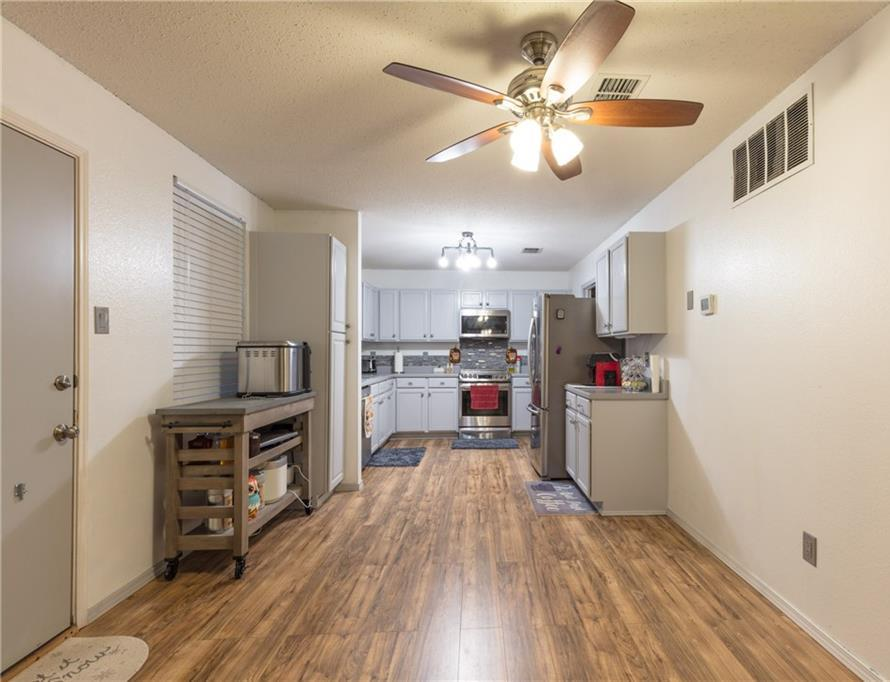 Sold Property | 1716 Arbuckle Drive Fort Worth, Texas 76247 4